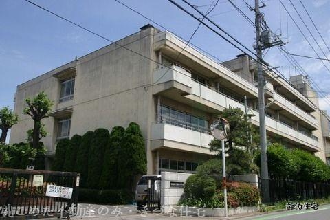 問題の少ないきづなっ子も通う新宿小学校です