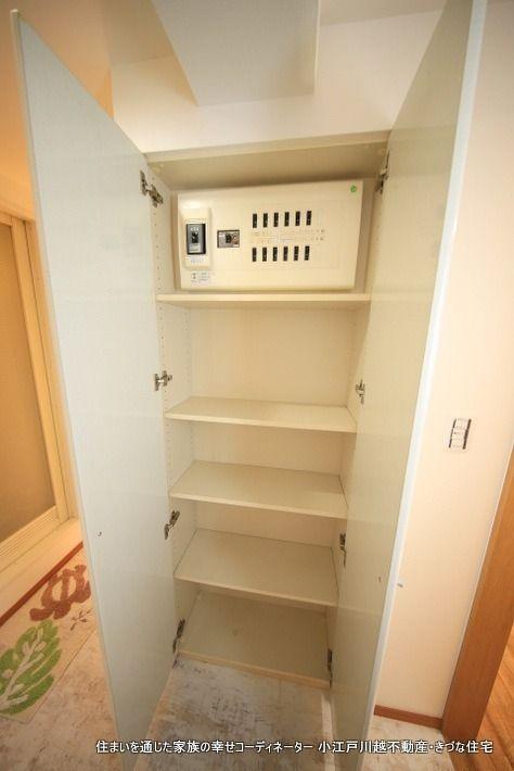 リネン・ストック、洗面室に置けると便利なモノは数知れず。