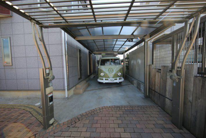 軽自動車なら2台駐車できるくらいのスペースです